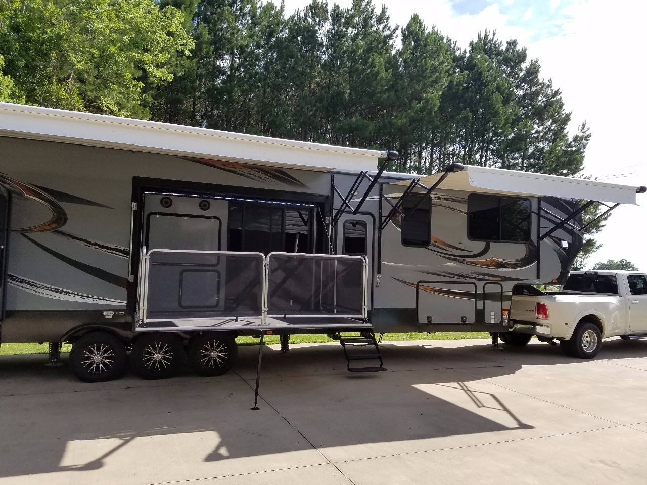 New Or Used Heartland Cyclone Toy Hauler RVs for Sale - RVTrader.com