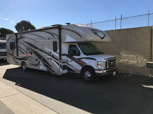 2016 Thor Motor Coach OUTLAW 29H In San Jose CA