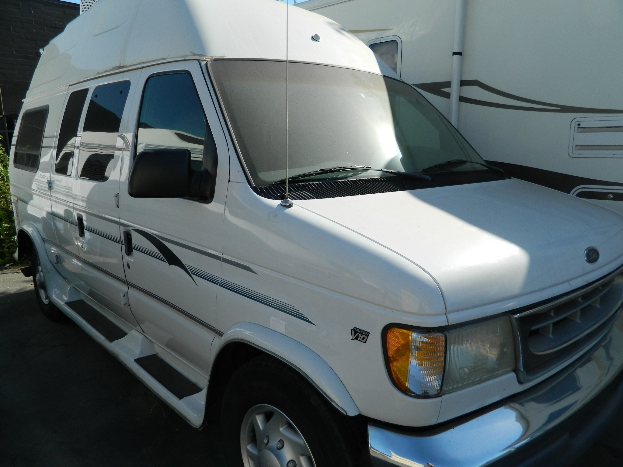 Ford E250 LUXURY VAN For Sale 1 RVs