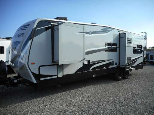 Toy Haulers For Sale 14 711 Toy Haulers Rv Trader