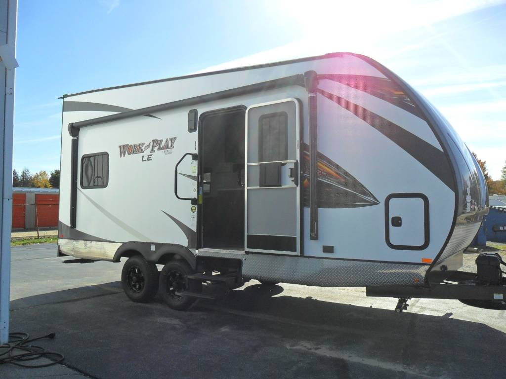 Work And Play Toy Hauler >> 2019 Forest River Work And Play 19wle For Sale In Muskegon Mi Rv Trader