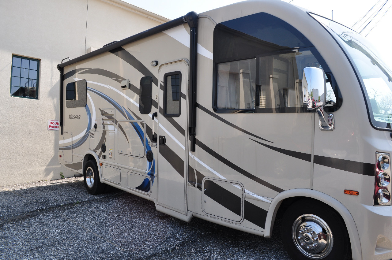 Vegas For Sale - Thor Motor Coach RVs - RV Trader