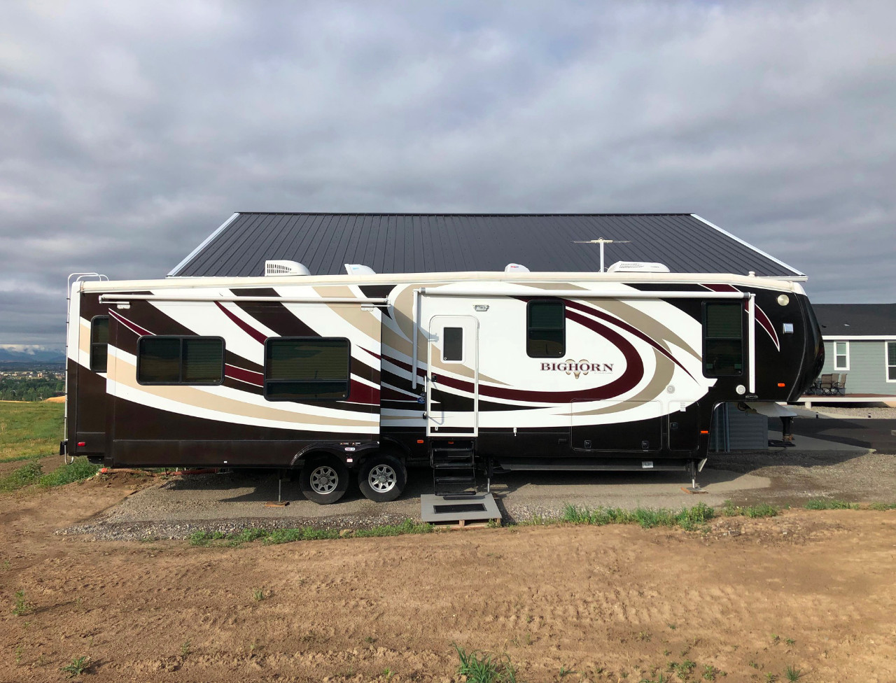 Bighorn For Sale - Heartland RVs - RV Trader