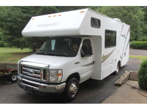 Tennessee - Four Winds Majestic For Sale - Thor Motor Coach