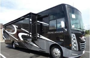 2020 Thor Motor Coach Challenger -0