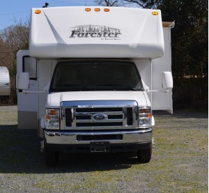 2012 Forest River Forester II 2861DS - Sleeps 6 - 31' Long #101-0