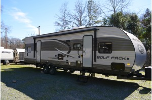 2017 Forest River Cherokee Wolf Pack 25PACK12 - Sleeps 7 - 37' Long #96-0