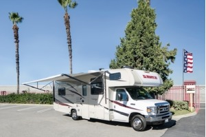 Class C Motorhome - Perfect For A Family Of 6! Van Nuys-0