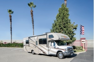 Large Mighty Class C Motorhome For Your Next Trip! Linden-0