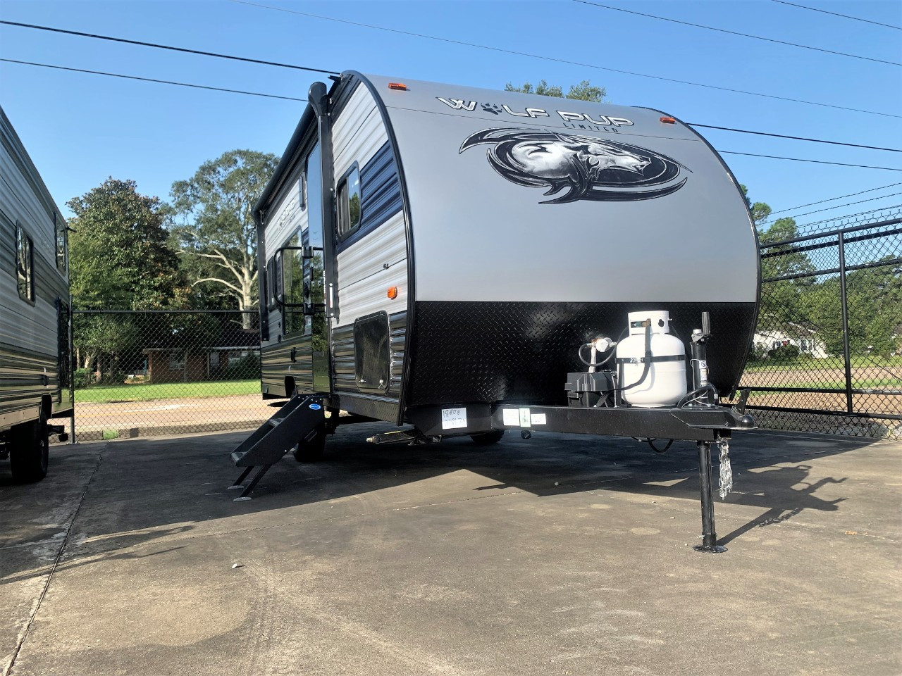 New, 2022, Forest River, CHEROKEE WOLF PUP 18RJB, Travel Trailer